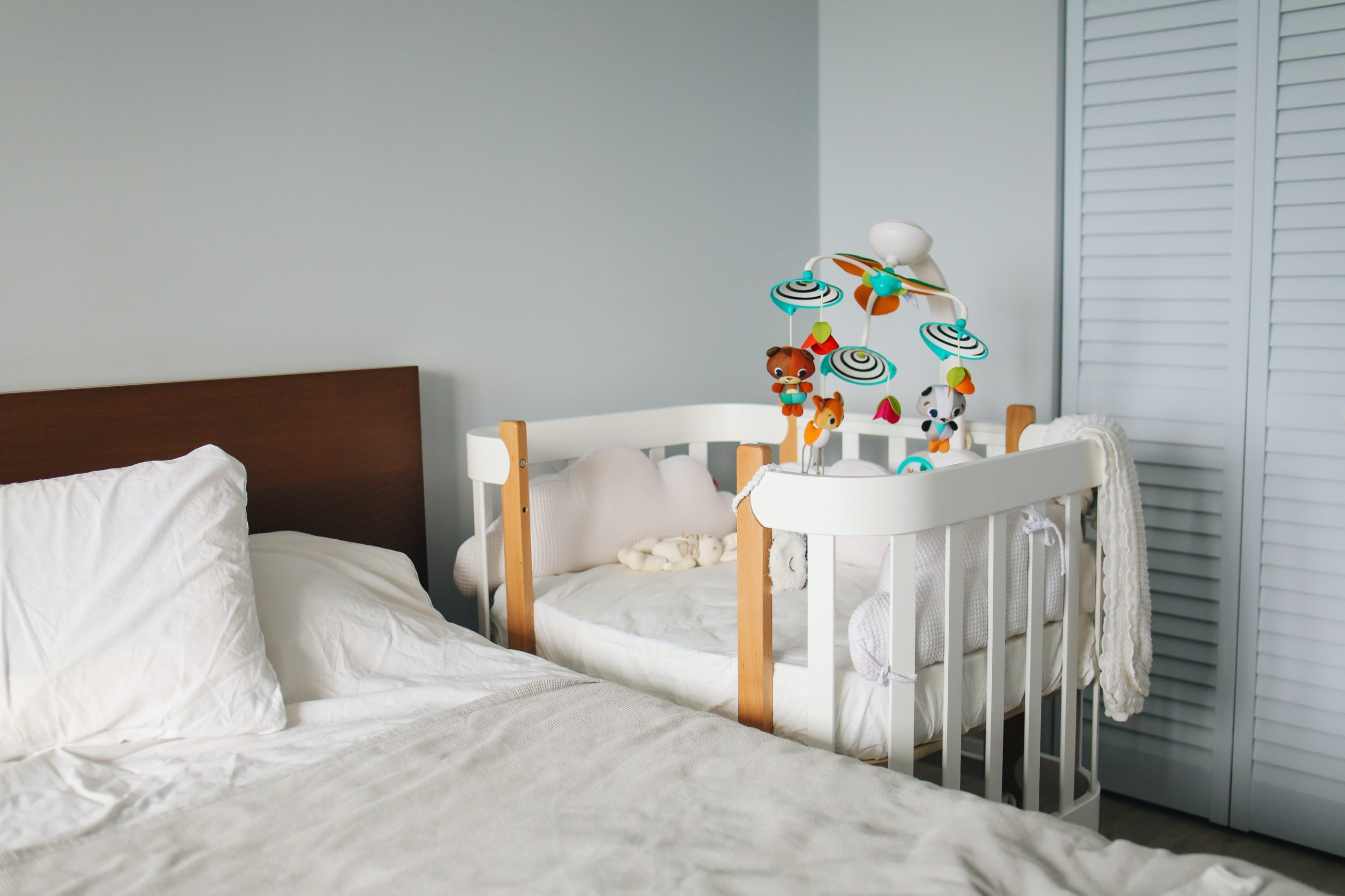Sleep coaching: a way to improve the quality of family life.